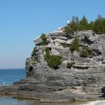 Escarpment_at_Bruce_Peninsula